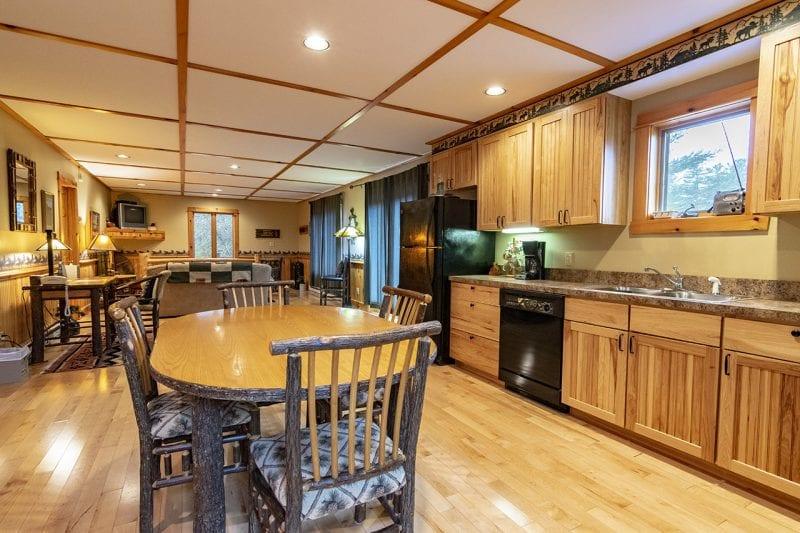 Seneca Loj In Lake Placid Adirondack Premier Properties