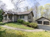 Ranch On Beech Hill With A Garage