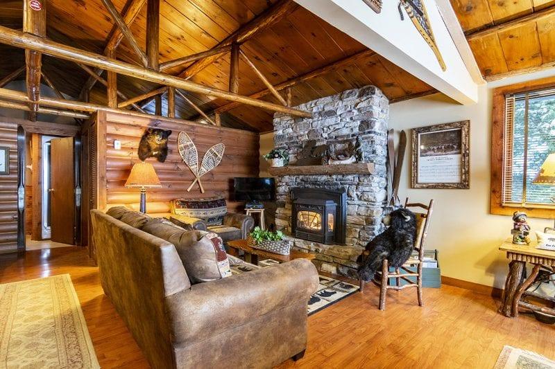 Lake Colby Cabins   Adirondack Premier Properties