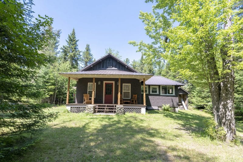 Adirondack Cabin With Covered Front Porch